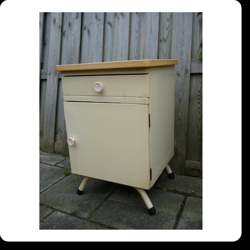 RUE DE LA HARPE   brocante meubels en woonaccessoires uit Groningen